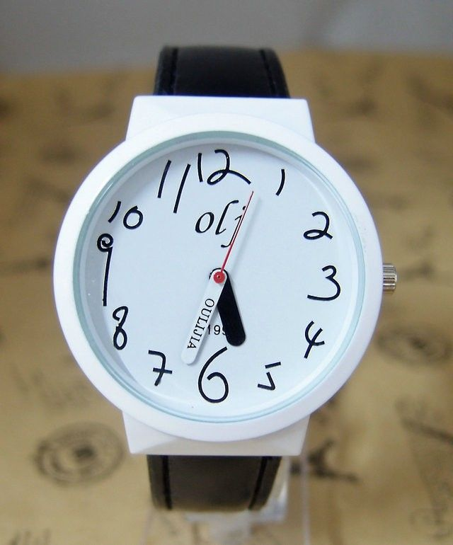 Trendy Teenage black Leather Strap Girl Watch