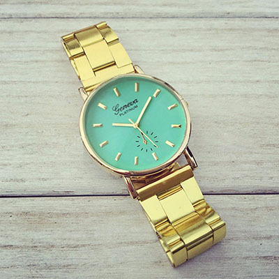 Gold Toned Alloy Band Woman Classy Formal Night Out Dress Fashion Evening Girl Green Face Watch