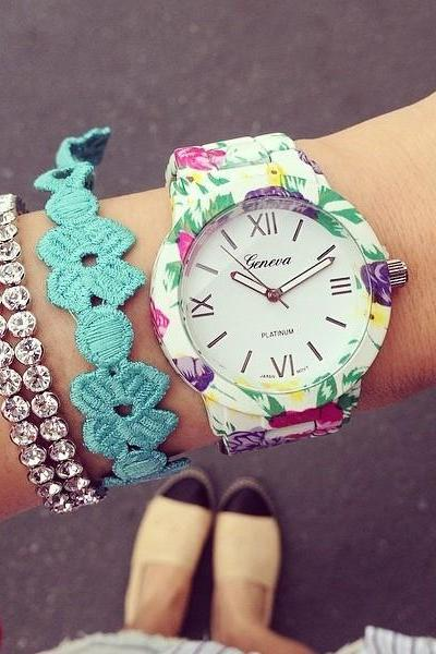 Flowers Print White Fashion Girl Watch