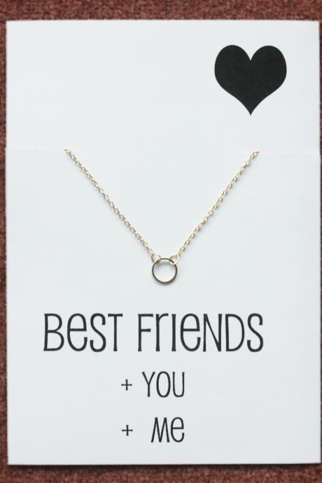 Best Friends Circle of Family and Love Silver Toned Gift Card Woman Fashion Faith Hope Necklace