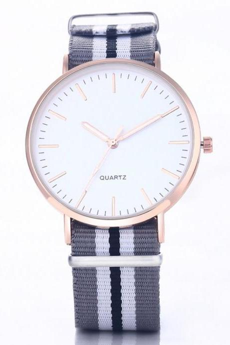 Casual Sport Style Nylon Strap Black - White Sport Band Unisex Party Teen Quartz Woman Watch