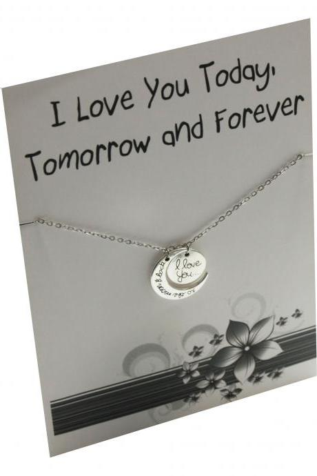 Silver Toned Love you Forever Gift card Friends and Family Necklace