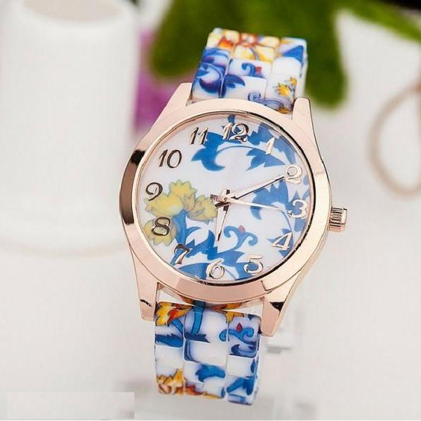 Trendy flowers blue design rubber woman watch