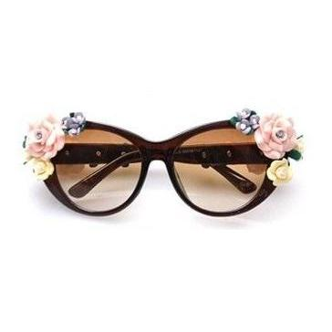Flowers teen brown fashion summer fun woman sunglasses