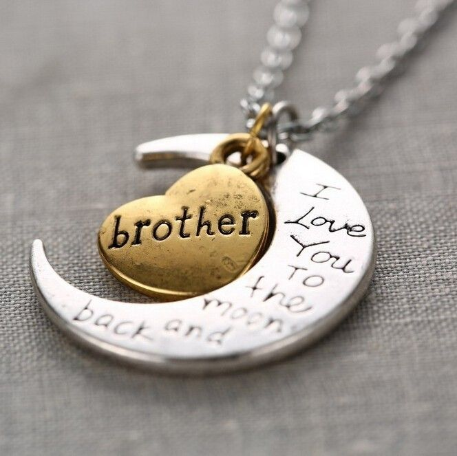 Brother i love you to the moon and back necklace on luulla - Regalo original hermana ...